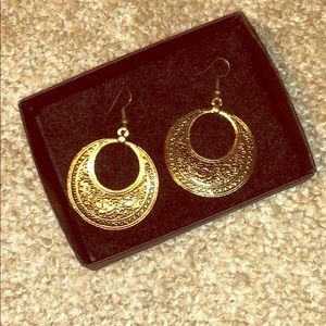 Cleopatra earrings/ circular